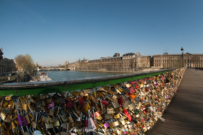 Paris - Pont des arts en Mars 2014